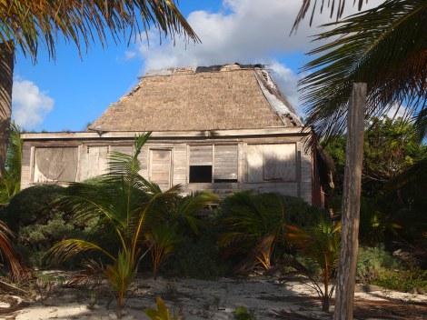 Abandoned beach house near Tranquility Bay