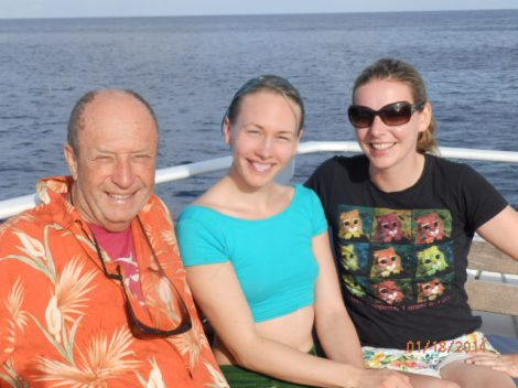 Saying good bye to new friends, newly PADI certified French and Austrian divers